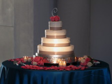 Cake Spotlighting