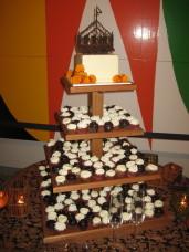 MOCA San Diego Wedding Cake