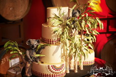Koala Cake On TV - Amazing Wedding Cakes
